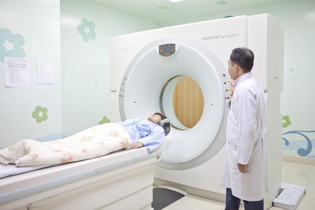 Chụp MRI là cách phát hiện thoát vị đĩa đệm cột sống chính xác nhất
