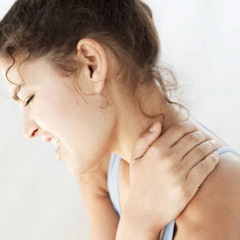 Hỏi thăm bác Cúc chữa bệnh đau vai gáy cách nay gần 2 năm
